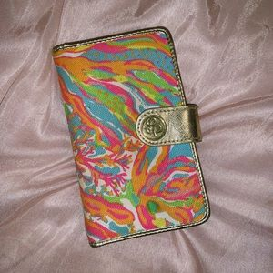 Lily Pulitzer wallet, phone holder, wristlet💗